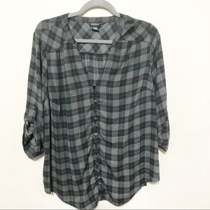 Torrid Black Gray Plaid Button Up 3/4 Sleeve Top